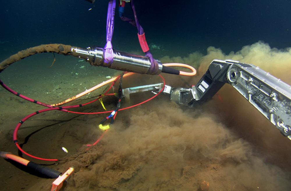Cáp quang biển AAG gặp sự cố đầu năm 2017